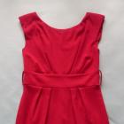 czerwona dzianinowa sukienka bombka
