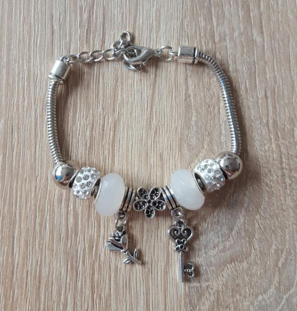 Nowa bransoletka modułowa beads charms srebrny biały kolor koraliki