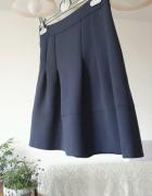 Granatowa spódnica Orsay...
