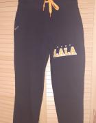 Nowe czarne spodnie Plny Lala...