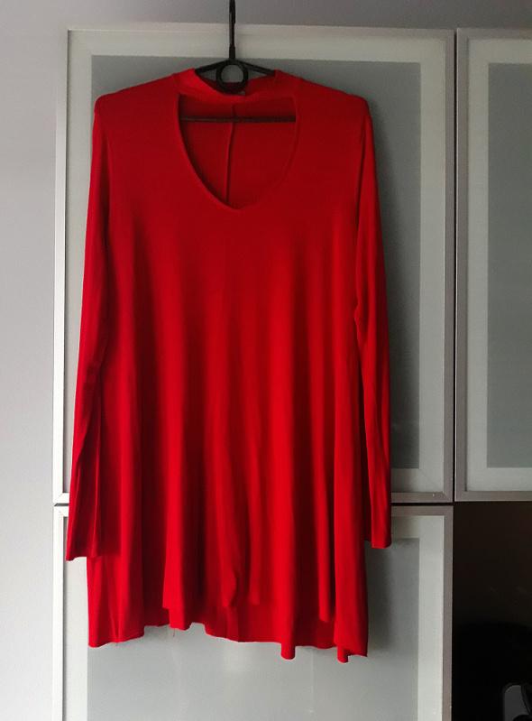 Czerwona sukienka Bershka choker rozmiar M