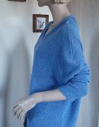 Asymetryczny sweter oversize z chokerem
