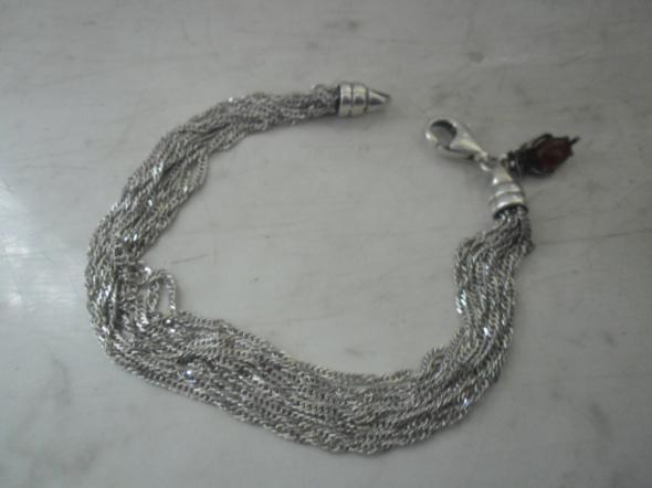 Srebrna bransoletka z zawieszką z bursztynem ponad 11 gr
