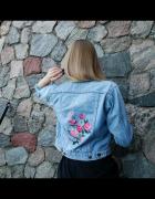 kurtka jeansowa w kwiaty...