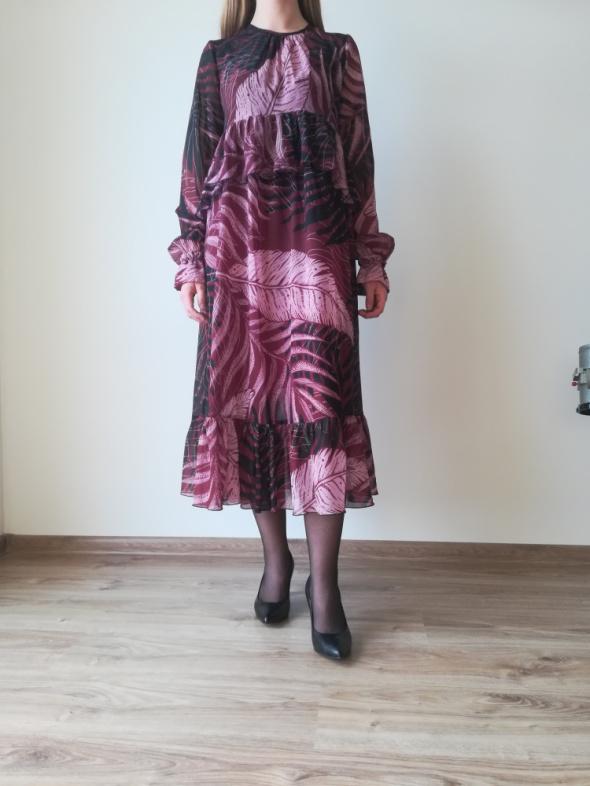 Sukienka fioletowa Bizuu 38...