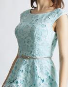 Koronkowa sukienka rozkloszowana na bal De Marco...