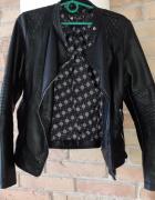 Czarna ramoneska kurtka pikowana M zamki modna