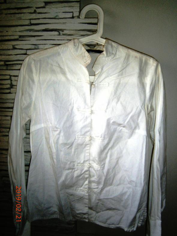 biała koszula Zara...