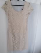 Krótka beżowa sukienka