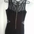 Czarna sukienka z koronkowymi wstawkami