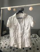 Biała koszula...