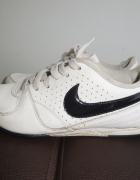 NIKE białe buty sportowe adidasy trampki 365