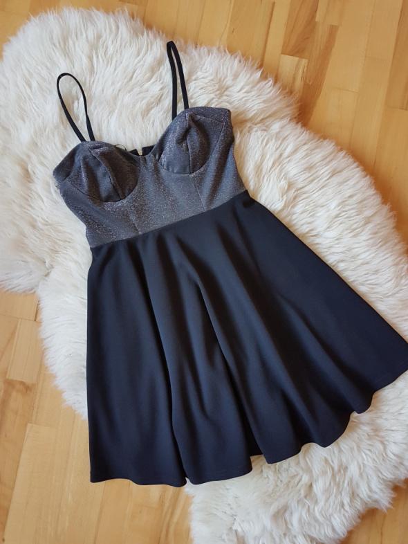 Czarna sukienka New Look Nowa