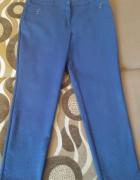 Eleganckie spodnie w kropeczki...