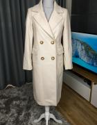 Kremowy płaszcz RESERVED...