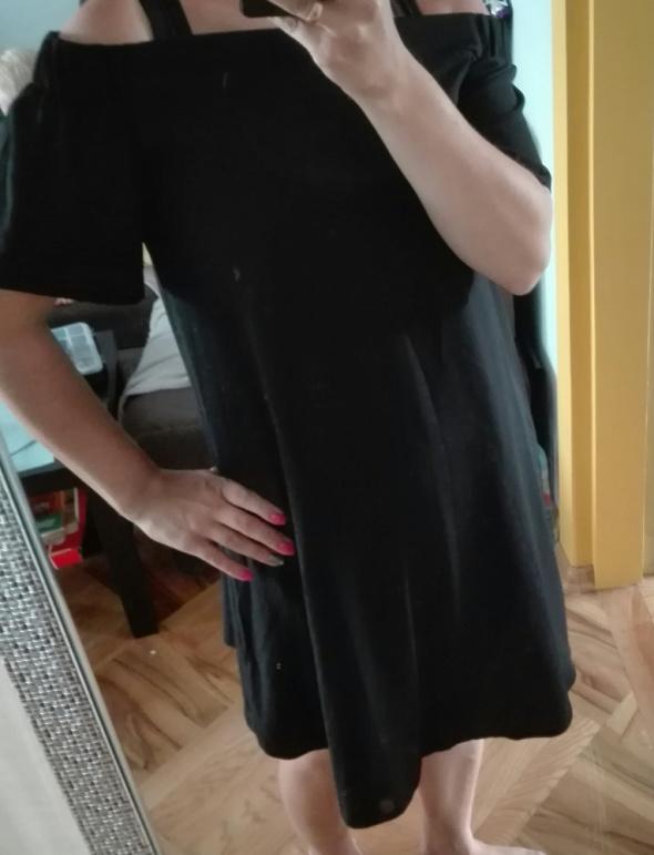 Sukienka hiszpanka czarna...