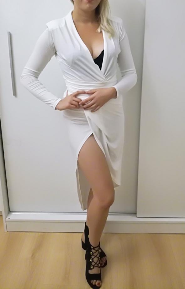 Suknie i sukienki Biała sukienka asymetryczna