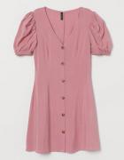 Sukienka z bufkami...