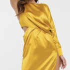 Asos musztsrdowa sukienka asymetryczna wcięcie S