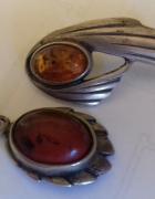 Srebro przedwojenna zawieszka z bursztynem i brosza