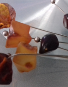 Srebro długie kolczyki z bursztynami