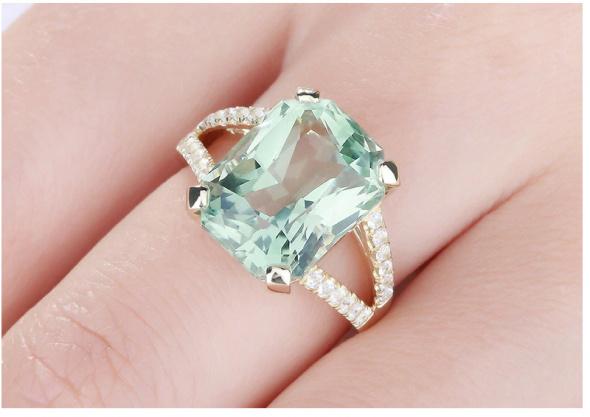 Nowy pierścionek złoty kolor zielona cyrkonia duży królewski