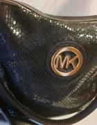 Mała torebka z blaszką MK...