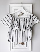 Biała bluzka hiszpanka w paski...