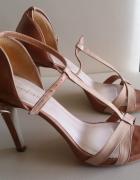 Sandały szpilki WOJAS ze skóry...
