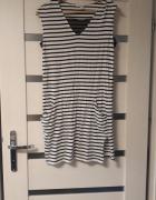 Sukienka czarno biała w paski...