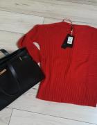 Nowy firmowy czerwony sweterek typu oversize