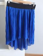 Plisowana asymetryczna spódniczka...