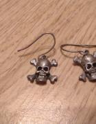 Kolczyki czaszki rock emo punk goth metal...