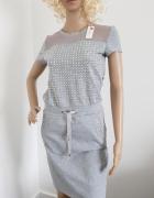 Szara siwa sukienka ze zdobieniami