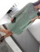 V by Very plisowana sukienka z szerokimi rękawami i koronką M