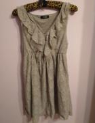 Koronkowa sukienka z falbankami zamek BIK BOK rozmiar S