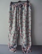 spodnie w kwiatki...