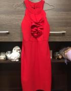Dopasowana sukienka...