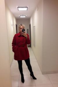 Płaszczyk zimowy ocieplany czerwony rozmiar 42...