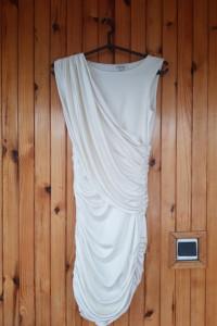 Obcisła sukienka River Island 8...