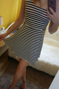 Sukienka w paski...