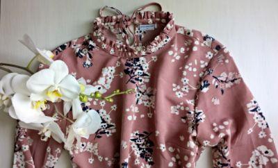 Suknie i sukienki Sukienka w kwiaty ze stójką XS S długi rękaw