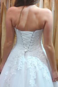 Wstążka z satyny do sukni ślubnej