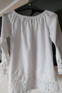 biała bluzka z koronką nowa