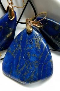 Granatowy jaspis z pirytem zestaw biżuterii złoto