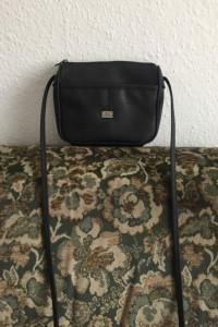 Czarna torebka vintage Marc Chantal
