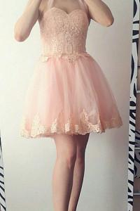 Carachel Gorsetowa sukienka z haftami różowa...