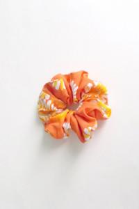 pomarańczowa scrunchie do włosów oranżowa gumka scrunchie...