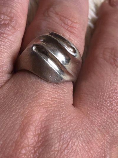 Pierścionki Masywny srebrny pierścionek 925