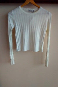 bershka crop top xs s biała bluzka prążkowana sweterek crop top...